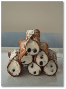 Cannoli from Don Gino Pasticceria, Bagheria, Sicily. See link for lovely article and recipe. Cookie Desserts, Sweet Desserts, Sweet Recipes, Delicious Desserts, Dessert Recipes, Yummy Food, Yummy Treats, Sweet Treats, Italian Desserts