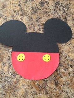 Mommys Craft Obsession: DIY: Mickey Mouse Invitations