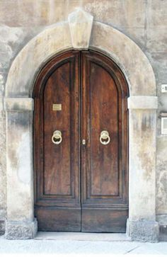 Google Image Result for http://www.lifeinitaly.com/files/door.jpg