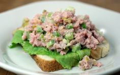 This ham salad recipe sure brings back memories. The unmistakable taste of the smoked ham combined with the crunch of the pickle relish has that classic salty and sweet combination we frequently crave.