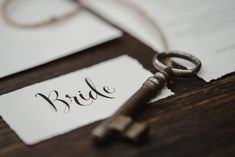 Wedding Style Shooting Papeterie Bride Wedding Planner: One Day Photografer: Hannah & René Place Cards, Place Card Holders, Day, Wedding Planner, Bride, Instagram, Vintage, Design, Style