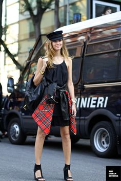Street Style: Chiara Ferragni shows us how to incorporate punk-inspired red tartan to an all black look.