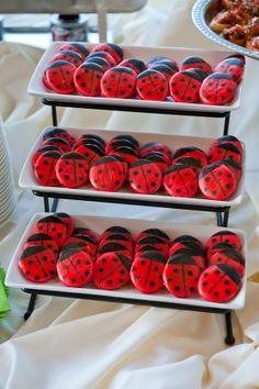 ladybug-cookies.jpg 600×902 pixels
