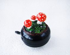 Do you like riding bicycle and mushroom hunting? Mushrooms bicycle bell is perfect gift for you then. It is handmade and from cruelty-free products.
