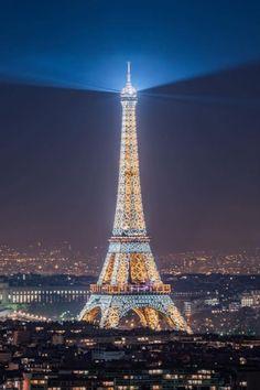 Eiffel Tower Photography, Paris Photography, Beautiful Paris, Paris Love, Paris France, Torre Eiffel Paris, Eiffel Tower Painting, France Eiffel Tower, Eiffel Towers