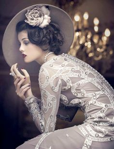 The Great Gatsby Style Glamour Vintage, Vintage Beauty, 1920s Glamour, Retro Mode, Mode Vintage, Vintage Style, Retro Vintage, Vintage Decor, Vintage Ladies