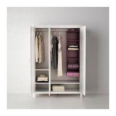 IKEA - BRUSALI, Kledingkast met 3 deuren, , Een spiegeldeur is plaatsbesparend omdat je geen wand- of vloeroppervlak nodig hebt voor een aparte spiegel.De planken zijn verstelbaar en daardoor is de ruimte eenvoudig naar behoefte aan te passen.Met opbergers uit de serie SKUBB kan je de binnenkant netjes op orde houden.Verstelbare scharnieren zodat de deuren recht hangen.