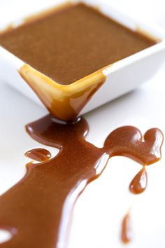 Double Coconut Salted Caramel Sauce (dairy free and no refined sugar) | GI 365