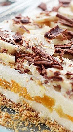 Banana Split No-Bake Cheesecake