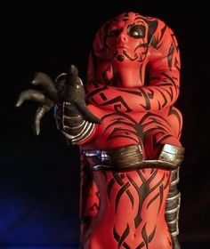 """Standing roughly 12"""" tall, the 1:6 scale Darth Talon Statue from Gentle Giant is hand painted and finished to the highest standard to produce a piece that will stand the test of time."""