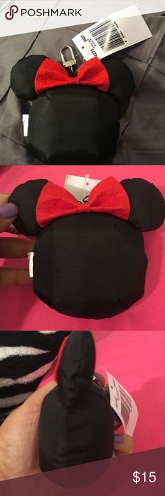 Large Minnie Mouse keychain This is a large Minnie Mouse keychain or it can be attached to luggage to easily identify. it is 100% nylon. Accessories