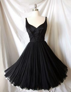 ~curatorial vintage 1950s james galanos cocktail dress~ (Love this dress!)