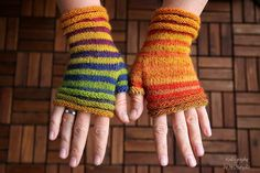 Fingerless mittens Stripesation 3 handknit by KnitographyByMumpitz