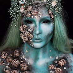 There are so many ways you can get the Mermaid Halloween Makeup look. Check this awesome collection Mermaid Halloween Makeup Ideas with Tutorials. Mermaid Headpiece, Mermaid Crown, Pearl Headpiece, Siren Costume, Costume Makeup, Makeup Fx, Mehron Makeup, Makeup Ideas, Ghost Makeup