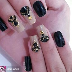 17 Ideas for manicure designs black silver Gem Nails, Nail Manicure, Hair And Nails, Fabulous Nails, Gorgeous Nails, Pretty Nails, Diy Nail Designs, Easter Nail Designs, Crazy Nails