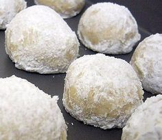 Italian Snowball Cookies Recipe - These really are delicious but dont expect them to last long with a hungry family :) Whenever I bake these I always make extra!