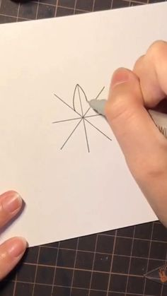 Art Drawings Sketches Simple, Colorful Drawings, Easy Drawings, Mandala Art Lesson, Mandala Drawing, Spider Web Drawing, Scribble Art, Cute Couple Art, Cool Art Projects