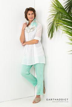 EARTHADDICT SS'15  www.earthaddict.co.za Ss 15, White Jeans, Capri Pants, Style Inspiration, Fashion, Moda, Capri Trousers, Fashion Styles, Fashion Illustrations