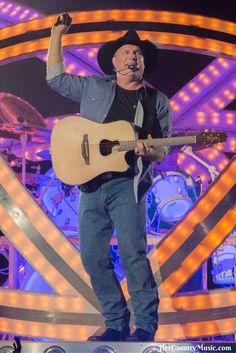 Best of Garth Brooks live in concert