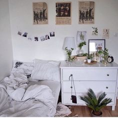 Home Interior Living Room Space.Home Interior Living Room Space. Indie Bedroom, Home Bedroom, Bedroom Decor, Bedroom Ideas, Design Bedroom, Bedroom Themes, Teen Bedroom, Bedroom Plants, Teen Rooms