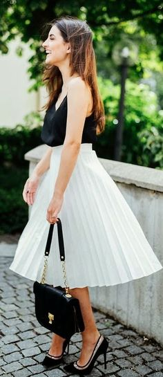 Black And White Girly Classic Spring Outfit