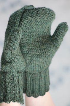 Free Knitting Pattern - Adult Gloves & Mittens: Doug Fir Mittens