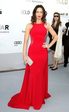 Emily Blunt looks amazing in this red dress