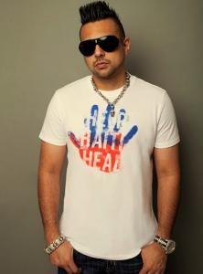 Sean Paul - Cutest Jamaican Man ever ! Jamaican Men, Dancehall Reggae, Sean Paul, Music Station, Good Music, Songs, Band, Mens Tops, Artists