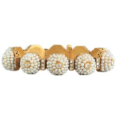 Gajra of Basra Pearls, Late Mughal period, 19th century; Indore, Madhya Pradesh, Gold bracelet set with Basra pearls and gems, 63.570 g, Gajra (bracelet) is sewn with rare Arabian Basra Pearls along with semi-precious stones in the group of ten mounds of jewels.