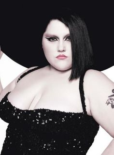We're very excited about Beth Ditto's upcoming autobiography, Coal to Diamonds, which is expected to hit shelves in the autumn of She's has a debut solo album due out soon too! Beth is the … Beth Ditto, Pretty People, Beautiful People, Fashion News, Fashion Beauty, How To Draw Eyebrows, Portrait Poses, Girl Portraits, Plus Size Beauty