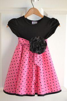 Little Quail: Little girls simple dress 4 ways - no tutorial but it's inspiration Sewing Kids Clothes, Baby Sewing, Diy Clothes, Little Girl Dresses, Girls Dresses, Summer Dresses, Toddler Dress, Baby Dress, Simple Dresses