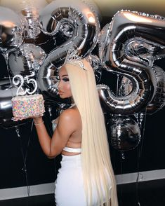 25th Birthday Ideas For Her, 16th Birthday Outfit, Birthday Goals, 24th Birthday, Happy Birthday Me, Girl Birthday, Birthday Dresses, Birthday Cakes, Birthday Celebration