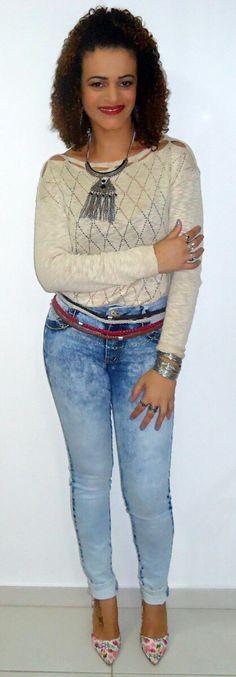 Blusa de lãzinha com scarpin floral!