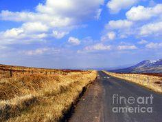 irish mountain road