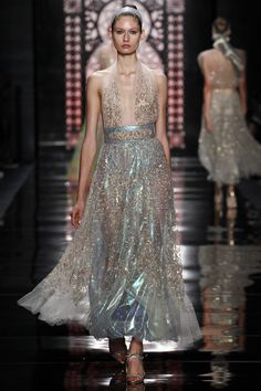 Reem Acra Spring 2016 Ready-to-Wear Collection Photos - Vogue  http://www.vogue.com/fashion-shows/spring-2016-ready-to-wear/reem-acra/slideshow/collection#41
