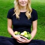 Nutritionist in the Kitch - this woman is amazing! Great recipes, fitness ideas, and inspiring blogs.