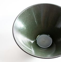 A sharp and very deep plate for some, a bowl for others. * Diameter approximately 22 cm * Height approximately 10 cm * Dishwasher safe * Unglazed and polished outside * Made to order - production time weeks * Minimum order quantitiy 4 plates (same colour) Dishwasher, Deep, Plates, Tableware, Licence Plates, Dishwashers, Plate, Dinnerware, Dishes