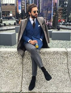 Just a simple display of the wonderful world of menswear. Mens Fashion Blog, Mens Fashion Suits, Mens Suits, Men's Fashion, Suit Men, Sharp Dressed Man, Well Dressed Men, Ropa Semi Formal, Style Costume Homme