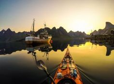 For 10 years, Tomasz, a software developer, has visited many of the fjords in western Norway, inland lakes and the areas around Lofoten Islands. Lofoten, Packing Tips For Travel, Travel Essentials, Packing Lists, Japan Travel, Travel Usa, Kayak Adventures, Photos Voyages, Travel Pictures