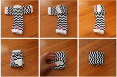 folding clothes Marie Kondo method of storing clothes (KonMari) Closet Organisation, Sock Organization, Clothing Organization, Underwear Organization, Clothing Storage, Ideas Para Organizar Ropa, Organizar Closets, Storing Clothes, Fold Clothes
