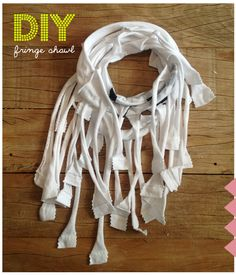 no sew #diy fringe shawl for #kids you only need : 1 old tee & scissors www.moodkids.nl