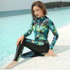 Rhyme Lady STOCK Five Pieces Rash Guards Women Swimwear Female Sailing Surfing Swimsuits Long Sleeve Bathing Suits Source by girl White Bikini Bottoms, White Swimsuit, Vintage Swimsuits, Women Swimsuits, Rash Guard Women, Bathing Suit Top, Mode Hijab, Swimwear Fashion, Beachwear