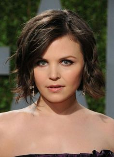 Short Hairstyles for Wavy Hair 2014