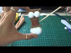 CUERPO DE FOFUCHAS CON MATERIALES RECICLABLES - YouTube Crayon Crafts, Foam Crafts, Fondant People, Make Your Own Dress, Clay Design, Biscuit, Air Dry Clay, Diy Home Crafts, Soft Dolls