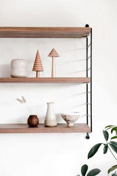 Japanese aesthetics: minimalist simple living concepts for everyone Minimalist Apartment, Minimalist Home, Minimalist Design, Minimalist Lifestyle, Japanese Interior Design, Different Aesthetics, Apartment Interior Design, Parisian Apartment, Apartment Layout