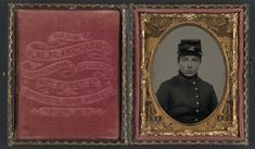 Unidentified soldier in Union uniform and kepi. 1861-1865, ninth-plate ambrotype, hand-colored ; 7.3 x 6.1 cm (case). (LOC)   por The Library of Congress