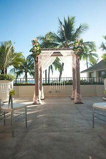 Let's Do This Event and Wedding Planning Wedding Arch - simply elegant Halekulani Hotel Hawaii