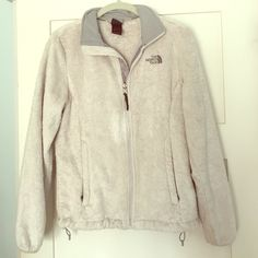 Women's Northface Fleece Jacket Great condition! Worn a few times. Selling because I am looking for another Northface jacket. There is a small flaw on the fabric of the zipper (shown in pics). Feel free to ask any other questions! North Face Jackets & Coats