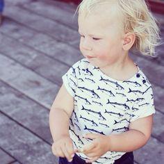 Makrill T-shirt till barn. Marina barnkläder från emma och malena på Käringön. www.emmamalena.com