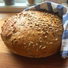Saftig eltefritt rugbrød - Veganeren Piece Of Bread, Food And Drink, Vegan, Education, Norway, Bakken, Onderwijs, Vegans, Learning